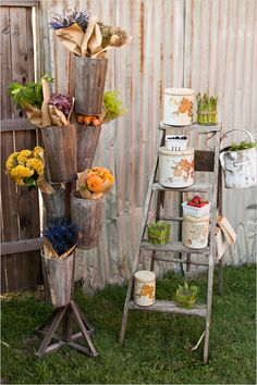 Figuring out how to procure or make one of these towers for holding bouquets during dinner