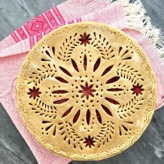 Every time I visit Mexico, I spend hours exploring the folk art in the artisan markets. I'm blown away by the level of artistry and skill… Pie Decoration, Decoration Patisserie, Beautiful Pie Crusts, Pie Crust Designs, Just Pies, Pies Art, My Pie, Pie Tops, Pastry Art