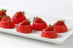 Strawberry-Yogurt Bites | Jell-O Recipes  WHAT YOU NEED  3 containers 	(6 oz. each) strawberry low-fat yogurt  1 pkg. 	(3 oz.) JELL-O Strawberry Flavor Gelatin  8 	fresh strawberries, halved    REDUCED SUGAR RECIPE  Save 25 calories and 8g carb, including 8g of sugar, per serving by preparing with strawberry light nonfat yogurt and 1 pkg. (0.3 oz.) JELL-O Strawberry Flavor Sugar Free Gelatin.