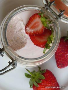 Quarkcrème-Mousse mit Erdbeeren