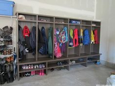 See how to organize a garage, and some ideas for garage storage in this article. You can finally have an organized garage. Garage Lockers, Mud Room Garage, Garage Floor Paint, Garage House, Garage Entry, Garage Mudrooms, Garage Stairs, Mudroom Cubbies, Garage Workbench