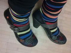 Välillä sukat makkaralla, mutta värillä on kuitenkin aina väliä.