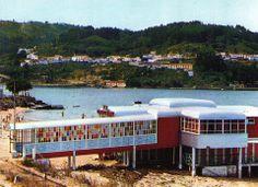 Playa de Copacabana Ferrol Outdoor Furniture Sets, Outdoor Decor, Doors, Home Decor, Nostalgia, Modernism, Places, Antique Photos, Monuments