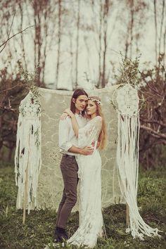 Dreamcatcher Wedding Decor | Bohemian Wedding Inspiration | Bridal Musings Wedding Blog