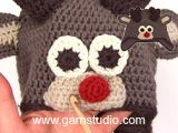 """Little Rudolph / DROPS Extra 0-1049 - DROPS Christmas: Crochet DROPS reindeer hat with antlers and ears in """"Lima"""". Size 6/9 months to 9/10 years. - Free pattern by DROPS Design"""