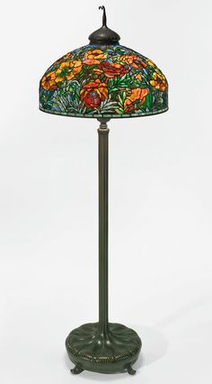 The Warshawsky Collection: Masterworks of Tiffany and Prewar Design Tiffany Art, Tiffany Glass, Rustic Lamps, Antique Lamps, Vintage Lamps, Stained Glass Lamps, Leaded Glass, Studio Lamp, Bedroom Lamps