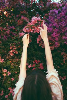 ❀ Flower Maiden Fantasy ❀ beautiful art fashion photography of women and flowers - reaching