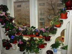 Удобная подставка для цветов