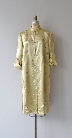 Hanyu Pinyin jacket vintage chinese 1940s robe / by DearGolden