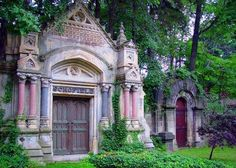 Free things to do in Cleveland ~ Explore Cleveland's History at Lake View Cemetery ~ Cleveland's Lake View Cemetery, opened in 1869, is the final resting place for important Clevelanders, such as John D. Rockefeller, President James A. Garfield, Jeptha Wade (the cemetery's first president), and Carl B. Stokes. The elaborate stone monuments kept a generation of Italian stonecutters in business. Make sure to see the Garfield Monument and the Wade Chapel with its Tiffany window.