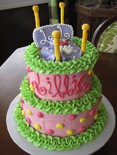 LOVE this sleepover party cake!