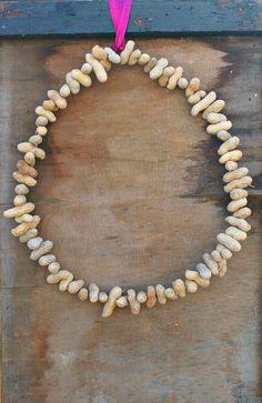 Easy Peanut Bird Feeder Wreath | DIYIdeaCenter.com