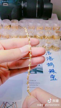 Wire Jewelry Designs, Handmade Wire Jewelry, Diy Crafts Jewelry, Bracelet Crafts, Beaded Jewelry Patterns, Diy Friendship Bracelets Patterns, Diy Bracelets Easy, Handmade Bracelets, Bijoux Fil Aluminium