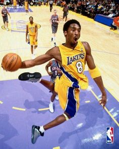Kobe Bryant - The Dunk