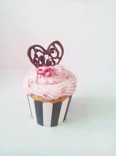 Cupcakes love Cupcakes, Desserts, Food, Meal, Cupcake, Deserts, Essen, Hoods, Dessert