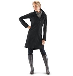 Wind/water resistant recycled poly shell with high breathability and kitten-soft lining.