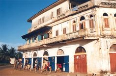 Un Immeuble Colonial à Bassam en Côte D'Ivoire en Afrique de L'Ouest