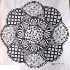 Zendala 4 made by Miekrea NL - Apr. 2013 Inspired by Zendala Dare #2, template by Erin Koetz Olson www.thebrightowl.com.