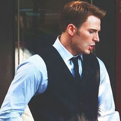 The entire movie Chris was being excessively attractive and I was irritated about it tbh like wyd