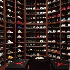 33 Popular Shoes Closet Design Ideas - If most individuals had only a few shoes then there will be no sense in composing an article on how to organize and design a shoe closet. Shoe Room, Shoe Closet, Closet Space, Sneaker Storage, Shoe Storage, Sneaker Rack, Jordans Retro, Best Shoe Rack, Dj Khalid