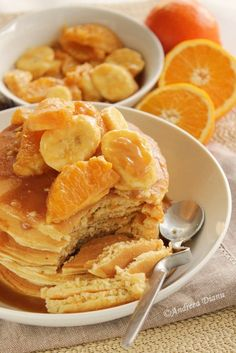 Pancakes cu fructe si caramel - Pasiune pentru bucatarie- Retete culinare Snack Recipes, Snacks, Caramel, Pancakes, Food, Snack Mix Recipes, Sticky Toffee, Appetizer Recipes, Appetizers