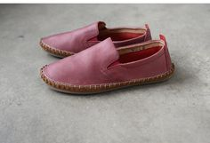 Handmade red real leather flat shoes by BonLife on Etsy