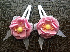 Fashion Women-Girls Hair Clips | Flower  http://laprensaccessories.com/?page_id=12#ecwid:category=0=product=12109781