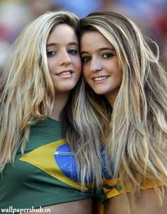 Prediksi Brazil vs Mexico 2 Juli 2018 girl soccer football best friend perfect good times ever memories forever girlfriend kisses hugs romance love her slender naughty sexy lady gorgeous classy elegant stylish girly Hot Football Fans, Football Girls, Girls Soccer, Soccer Fans, Sporty Girls, Fans Sports, Soccer Match, Hot Fan, Fc Chelsea