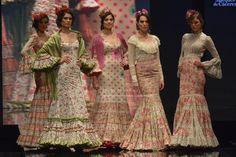 En Color Pastel · Moda Flamenca por Claudia Alfaro by Entre Cirios y Volantes