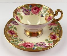 Piuttosto vecchio Royal China Demitasse Cup di NicerThanNewVintage