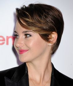Shailene Woodley paired a tight satin suit with her short hair for CinemaCon - Hollywood Gossip | MovieHotties.com