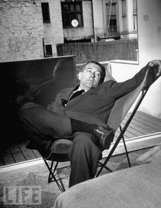 Modernist icon and Bauhaus master designer Marcel Breuer, relaxing in a chair he did not design, the BKF [Bonet-Kurchan-Ferrari], Butterfly chair. Marcel Breuer, Classical Architecture, Architecture Design, Landscape Architecture, Chair Design, Furniture Design, Modern Furniture, Decoracion Vintage Chic, Old Abandoned Houses