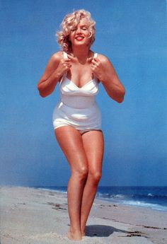 Marilyn Monroe. Neat Stuff Blog: Marilyn Monroe at the Beach