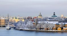 Stockholm välkommen bild Stockholm welcome picture Great Northern Railroad, Candle In The Dark, Welcome Pictures, S Bahn, Hotels, Scandinavian Countries, Most Beautiful Cities, Stockholm Sweden, Trip Planning