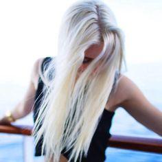 Kuvahaun tulos haulle aspyn ovard hair blonde