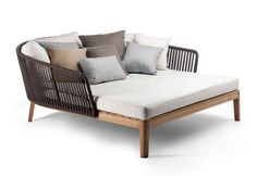 Tribù: Mood daybed @ Stylepark