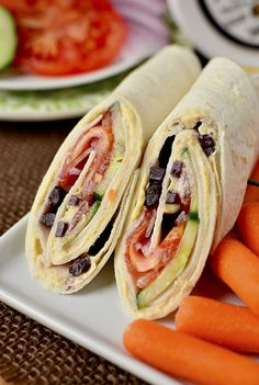 5 Minute Lunch: Mediterranean Turkey Wrap Iowa Girl Eats, Southwestern Turkey Wrap Butterball Foodservice, Salsa Turkey Wraps R. Quick Healthy Lunch, Healthy Snacks, Healthy Eating, Healthy Recipes, Lunch Snacks, Turkey Wrap Recipes, Turkey Wraps, Lunch Recipes, Cooking Recipes