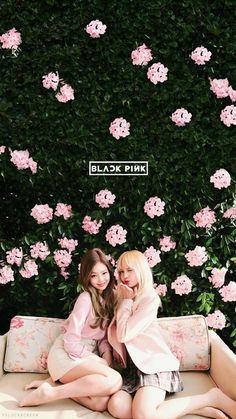 Blackpink Jennie x Lisa Kpop Girl Groups, Korean Girl Groups, Kpop Girls, Lisa Blackpink Wallpaper, Trendy Wallpaper, Wallpaper Lockscreen, Wallpapers, Nature Wallpaper, Blackpink Lisa