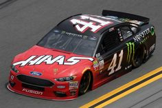 Kurt Busch, driver of the Haas Automation/Monster Energy Ford, qualifies for the Monster Energy NASCAR Cup Series Daytona 500 at Daytona International Speedway on February 2018 in Daytona Beach, Florida. Nascar Rules, Nascar Cars, Nascar Racing, Race Cars, Tony Raines, Outlaw Racing, Kurt Busch, Monster Energy Nascar, Daytona International Speedway