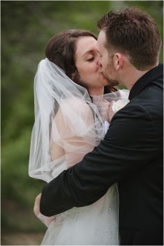 Love this first look! Reams Photo | First Look | Mount Soledad | Soledad Club | San Diego Wedding Photography | Wedding