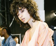 Get The Look:  Curls and Braids from Paris Fashion Week  Up now on our Iles Formula Journal.  https://ilesformula.com/get-the-look-curls-and-braids-from-paris-fashion-week/  #hair #beauty #parisfashionweek #fashionweek #pfw #ilesformula #wendyiles #offwhite #balmain #modernsalon #americansalon #hairbrained #behindthechair #cosmoprofbeauty
