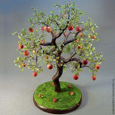 """Купить Дерево из хризолита и кораллового известняка """"Наливные яблочки"""" 3 - красный, зеленый, салатовый, яблоня"""