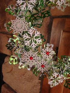 Aluminum Can Wreath using the Big Shot & Snowflake #2 Die  -  Stampin Up
