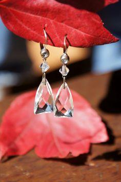 Art Deco Czech Glass Drop Earrings by StarShineVintage on Etsy