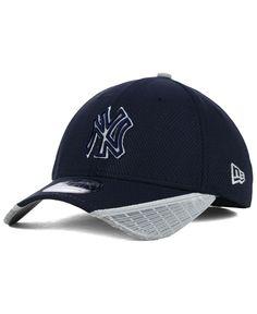 New Era New York Yankees Reflective Slugger 39THIRTY Cap