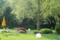 Genießen Sie die warmen Sonnenstrahlen in unserm Garten #hotelimpark