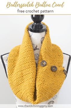 Butterscotch Button Cowl - Free Crochet Pattern - Scarf of the Month Club hosted by The Stitchin' Mommy and Oombawka Design | www.thestitchinmommy.com #ScarfoftheMonthClub2017