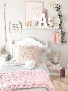 Inspiration from Instagram - pastel girls room ideas, pink and grey girls room design, kidsroom decor, girls kidsroom