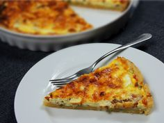 Quiche s modrým sýrem – Snědeno. Pizza, Quiche, Baking Recipes, Food And Drink, Cheese, Meals, Cooking, Cooking Recipes, Kitchen