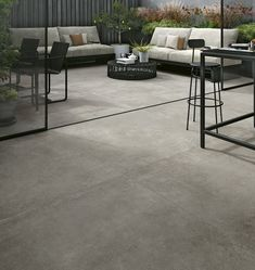 A new concrete-effect porcelain tile from Italy. A new concrete-effect porcelain tile from Italy. Balcony Flooring, Outdoor Flooring, Kitchen Flooring, Concrete Look Tile, Smooth Concrete, Painted Concrete Floors, Plywood Floors, Concrete Lamp, Cement Tiles